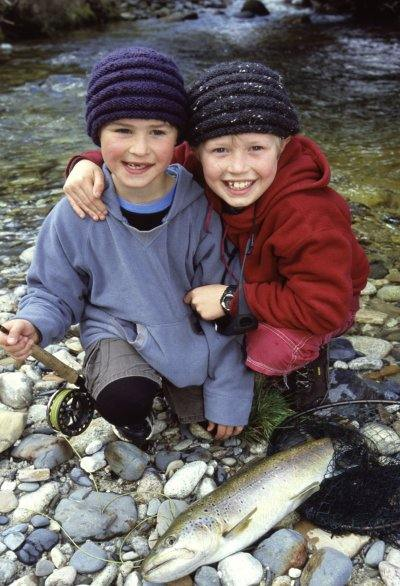 Jake_and_Izaak_Mirfin_Brothers_Opening_Day_2009_1_with_Brown_Trout.jpg